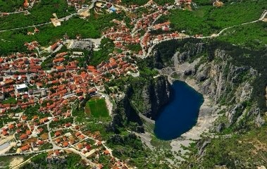 City of Imotski Tour-red and blue lake